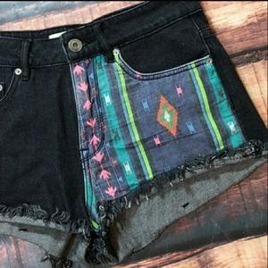 Bullhead Shorts - Bullhead Denim Tribal Black Jean Shorts High Waist
